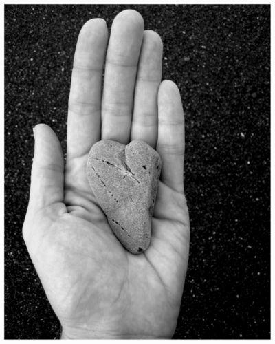 Heart hand blog